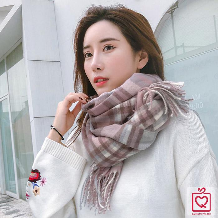 Khăn quàng cổ len Cashmere kẻ sáng màu Hàn Quốc