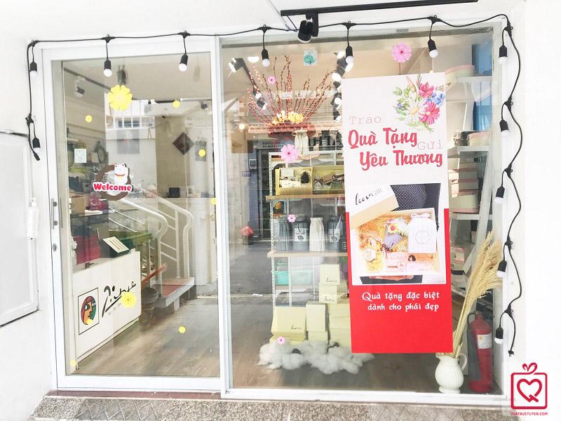 Cửa hàng quà tặng, Shop bán quà tặng lưu niệm quayeuthuong.com.vn