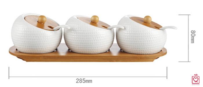 Bộ 3 hũ tròn nghiêng đựng gia vị khay gỗ