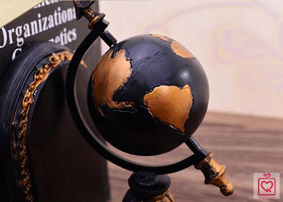 Bộ chặn sách hình địa cầu