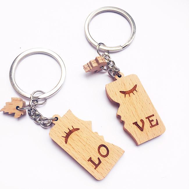 móc khóa cặp đôi Love