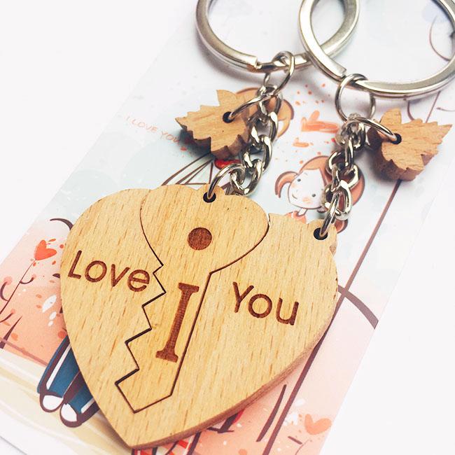 móc khóa cặp đôi trái tim