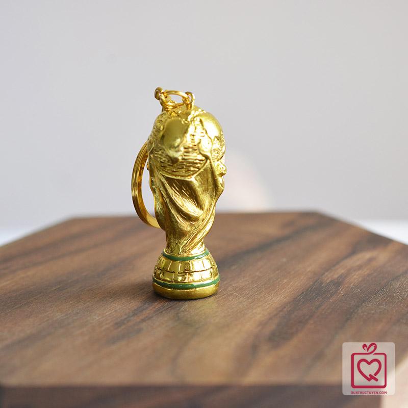 móc khóa cúp vàng world cup 2018