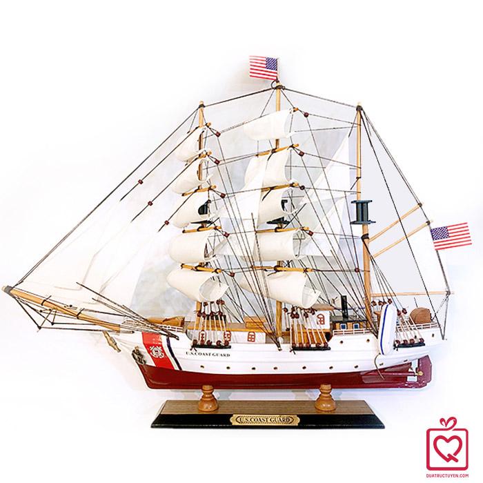 Mô hình thuyền hải quân mỹ