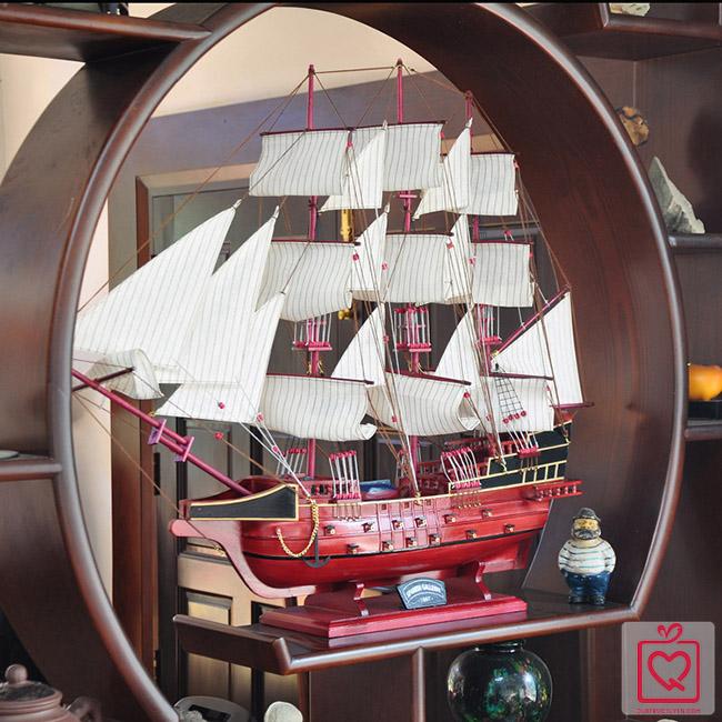 Mô hình thuyền chiến 8098
