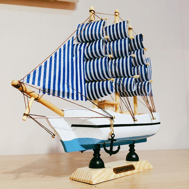 Mô hình thuyền hải quân