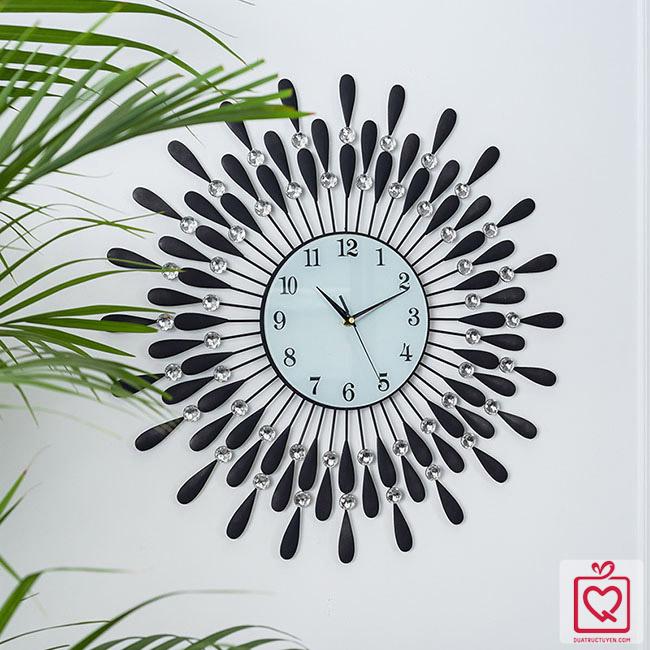 Đồng hồ treo tường nghệ thuật giọt nước