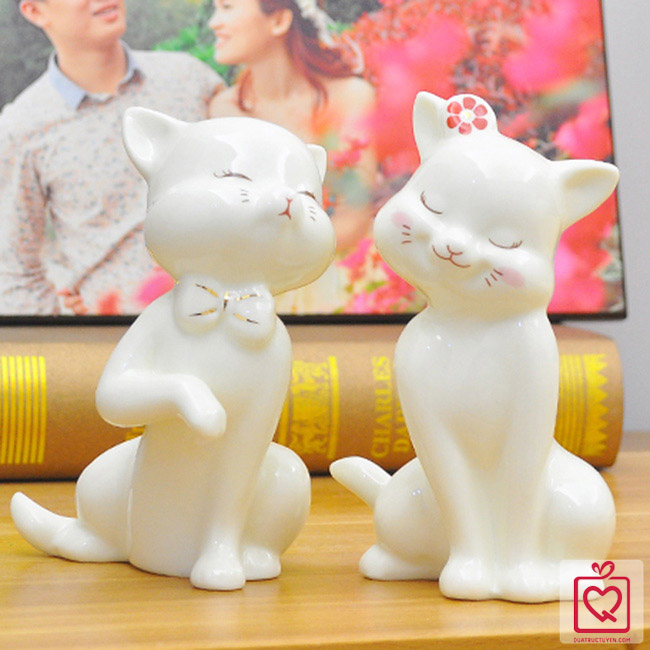 đôi mèo gốm sứ