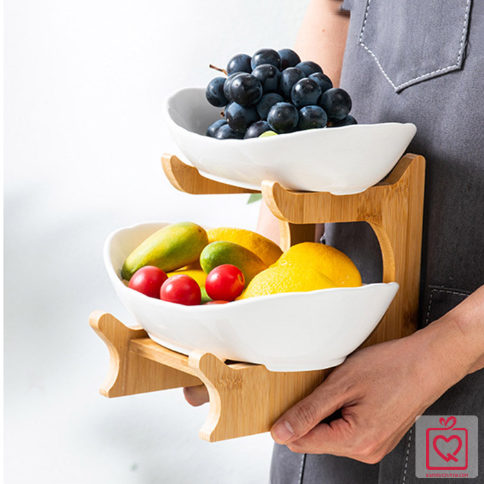 Bộ đĩa sứ giá gỗ đựng bánh mứt hoa quả