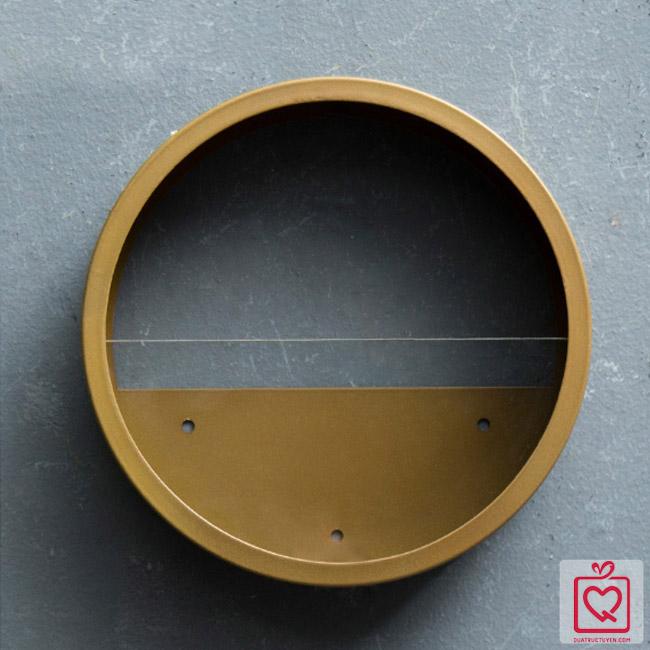 Giỏ hoa sắt treo tường hình tròn