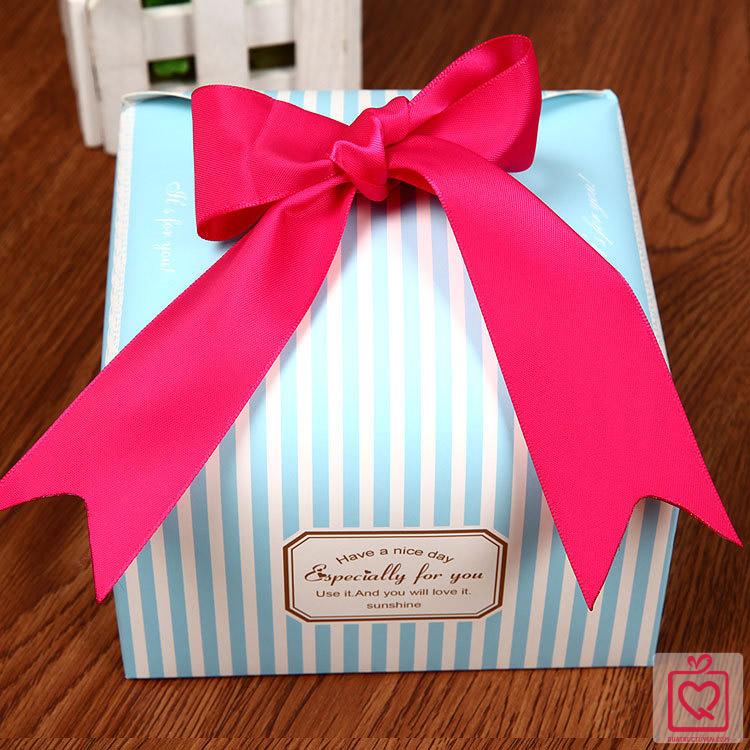 hộp đựng quà